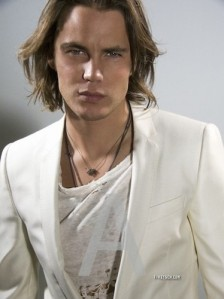 http://www.fanpop.com/clubs/taylor-kitsch/images/31677277/title/taylor-kitsch-photo
